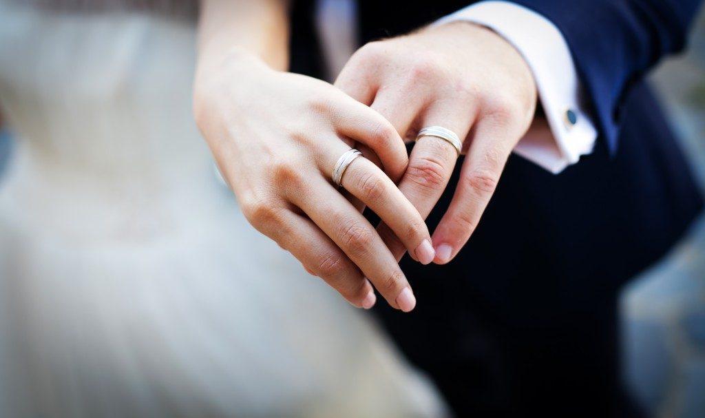 Custom made silver wedding rings